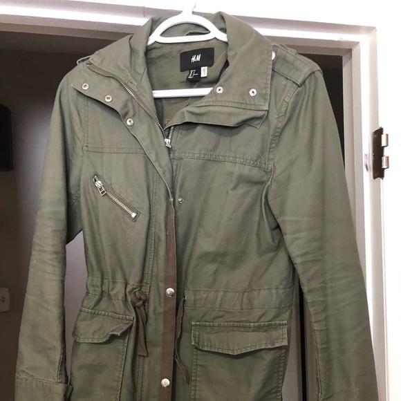 H&M Jackets & Blazers - H & M military green jacket